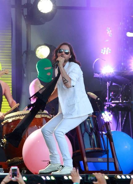 jared letto band 30 seconds to mars perform in la zimbio