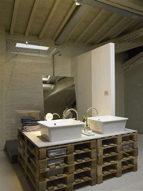 Supérieur Petit Meuble Pour Chambre #4: Loft-mobilier-palette-meule-palette-salle-de-bains.jpg