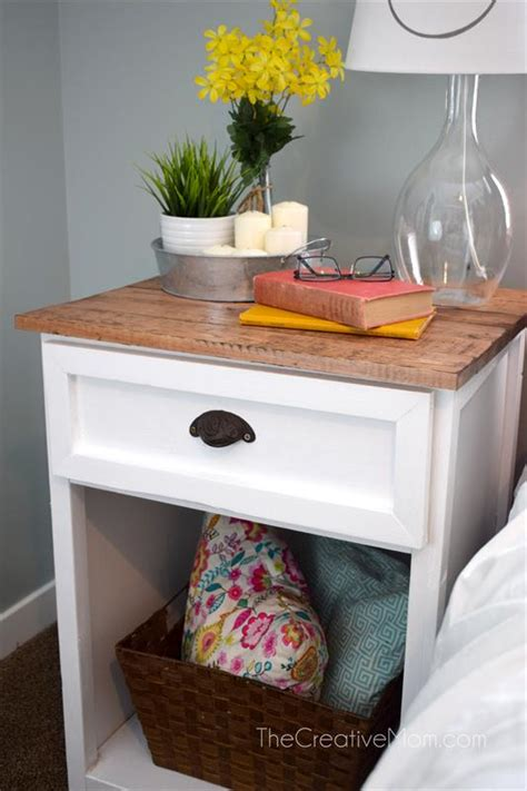 farmhouse nightstand buildsomethingcom