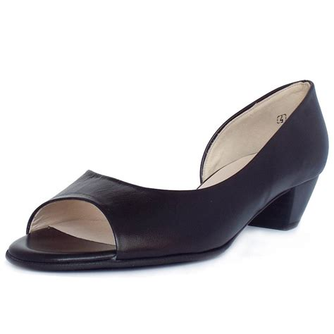 black small heel shoes is heel