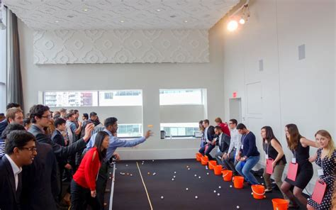 minute to win it challenges minute to win it challenge corporate team building