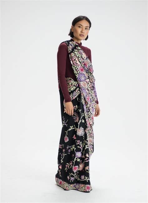 drape a saree the many beautiful ways to drape a saree this online