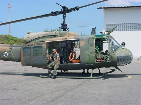 Is Uh by Jet Airlines Bell Uh 1 Huey