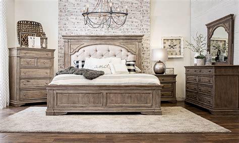 highland park driftwood  piece upholstered king bedroom