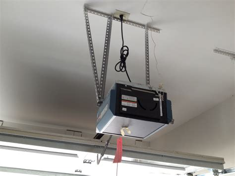 Low Profile Garage Door Opener Homesfeed Outside Garage Door Opener