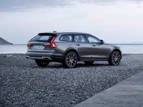 Cross Country Volvo Volvo Launches V90 Cross Country Wagon Business Insider
