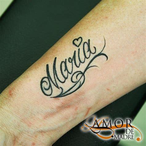 tattoo lettering maria amor de madre portada
