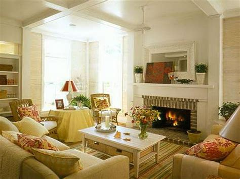 decorated living room cottage living room ideas dgmagnets com