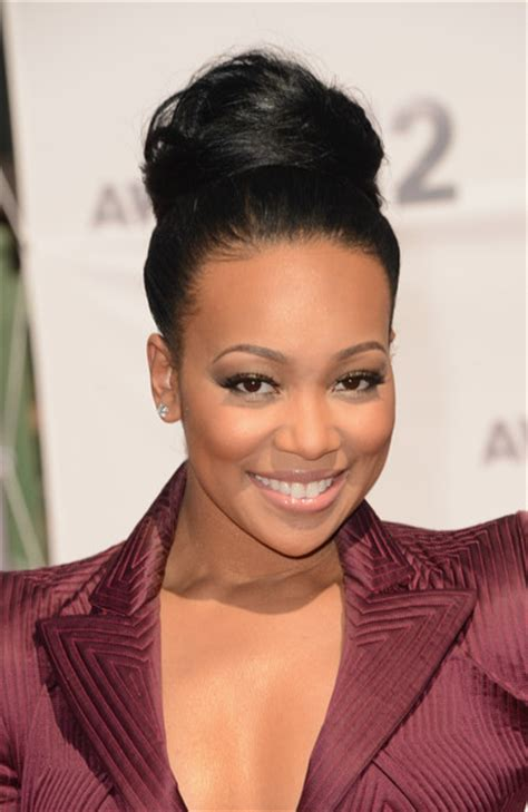 monica singer hairstyles 2012 monica denise brown in 2012 bet awards arrivals 2 of 6
