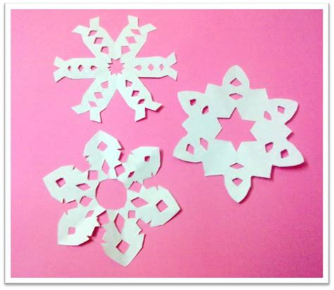 How To Make Small Paper Snowflakes - simple snowflake patterns for tauigess
