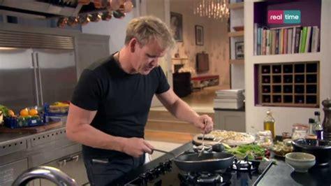 in cucina con ramsey cucina con ramsay 11 triglie di scoglio con salsa dolce