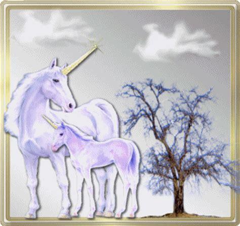 membuat cerita fantasi sendiri fantasi khayalan gif gambar animasi animasi bergerak
