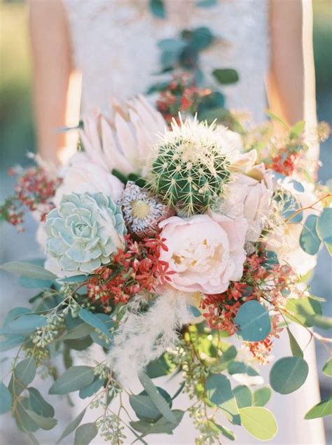 Wedding Bouquet With Succulents by 34 Desert Wedding Ideas That Catch An Eye Weddingomania