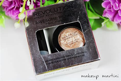 Shoo Yves Rocher makeup revolution foil eyeshadow gold makeup daily