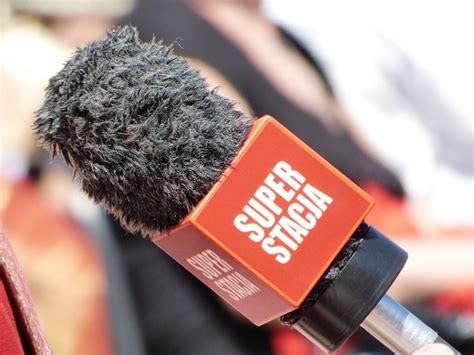 wajib diketahui pengertian wawancara menurut  ahli