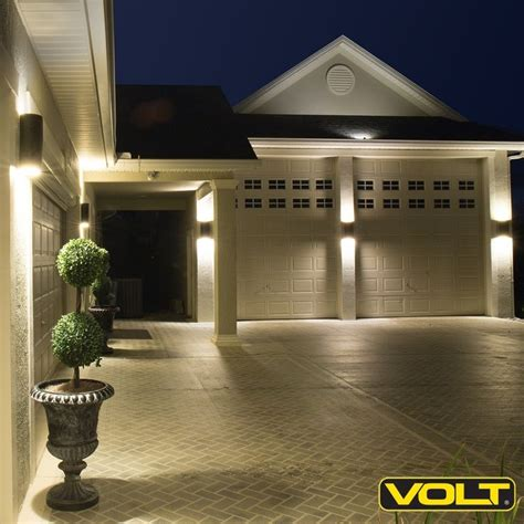 low voltage led deck lighting 1000 ideas about deck lighting on deck design