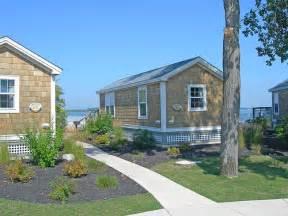 cottage on lake erie at cedar point amusement park