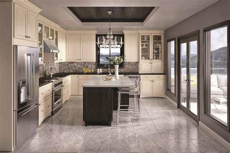 tuscan style kitchens kitchen birch images click arizona lehigh maple chiffon with tuscan glaze qualitycabinets