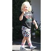 Gwen Stefani Bares Midriff In Nirvana Tank Instead Of