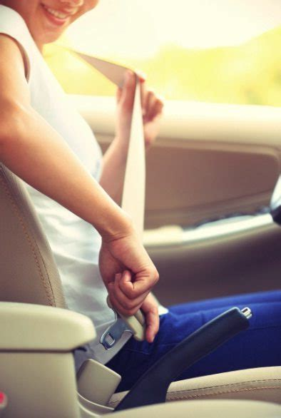 how to use seat belt seat belt use is critical