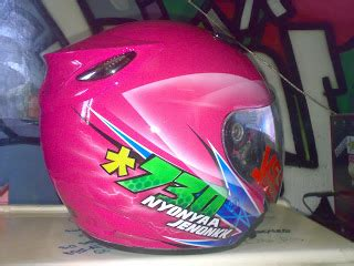 Helm Ink Biasa Warna Merah irengdop cat helm ink