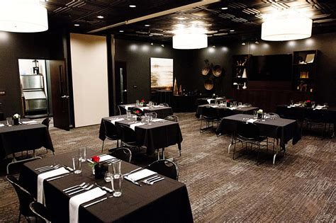 The Room Lincoln Ne by Dining Rooms Venue Restaurant Lounge Lincoln Ne