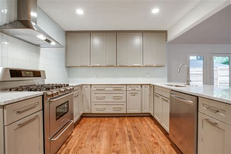 best wood cleaner for kitchen cabinets tips to clean wood kitchen cabinets my kitchen interior