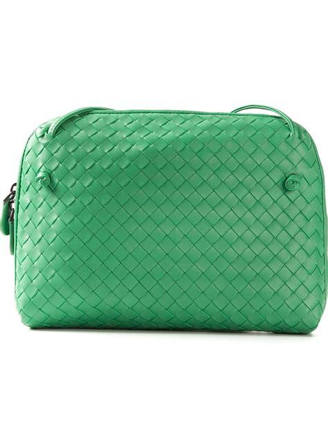Bottega Venetta Green bottega veneta intrecciato cross bag in green lyst