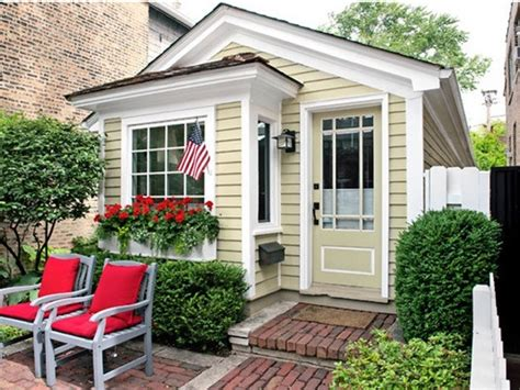 town cottage 780 sq ft historic town chicago cottage