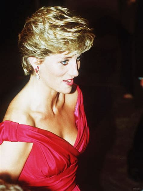 diana princess of wales up do hairstyles over the years princess diana haircut