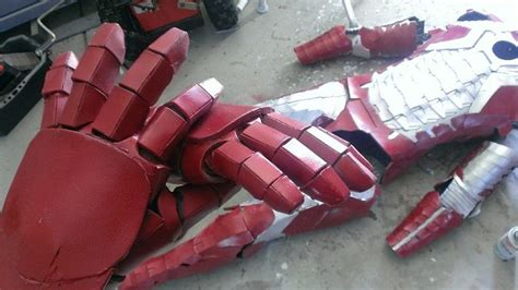 quick  easy iron man gloves tutorial iron man mens
