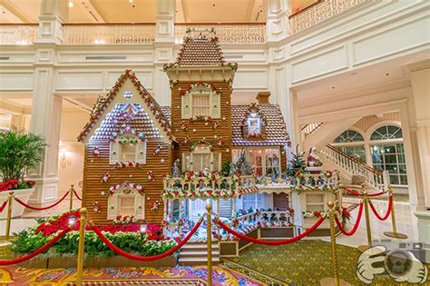 christmas in the disney world hotels the best disney