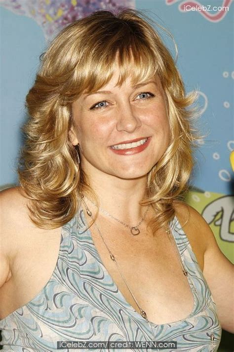 amy carlson haircut is it good for thick wavy hair linda from blue bloods new haircut