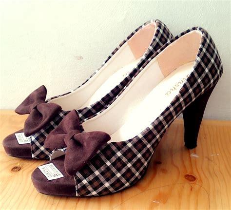Sepatu Heels Pita Ribon Uk 36 40 jual brown ribbon high heels sepatu jinjit hak tinggi coklat pita wanita all things for sale