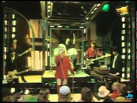 blondie denis (top of the pops mar 9, 1978) youtube