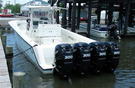 center console boats 4 engines three outboards one lever mercury s dts boats