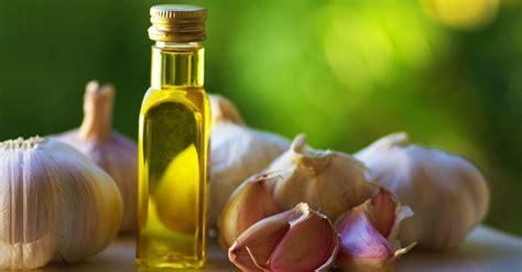 Minyak Atsiri Bawang Putih sederet manfaat minyak bawang putih bagi kesehatan