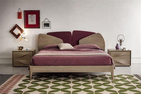 letto matrimoniale tessuto letto in legno e tessuto hybrid napol arredamenti