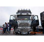 Free Custom Peterbilt 379 Dropped Wallpaper Download The Picture Car