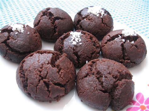 islak kurabiye tarifi kakaolu islak kurabiye tarifi kurabiye kurabiye kakaolu islak kurabiye tarifi resimli yemek tarifleri