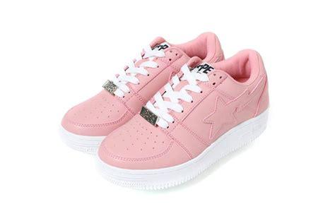 Harga Sepatu New Balance Warna Pink 5 sneakers pink manis yang siap bikin kamu tambah
