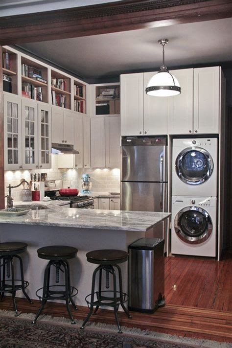apartment kitchen renovation ideas best 25 small kitchen renovations ideas on pinterest