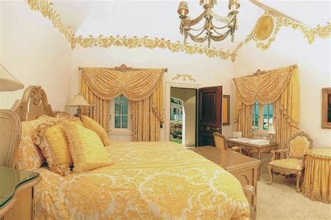 Trump Bedroom | donald trump s bedroom celebrity bedrooms pinterest
