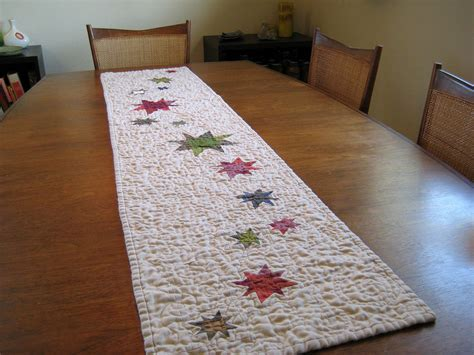starry table runner quilted blogged dan rouse