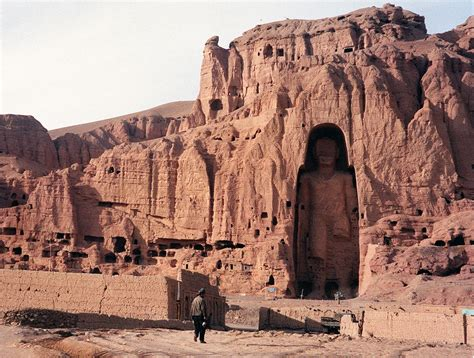 fotos antiguas kabul why isis is destroying syrian and iraqi heritage sites vox