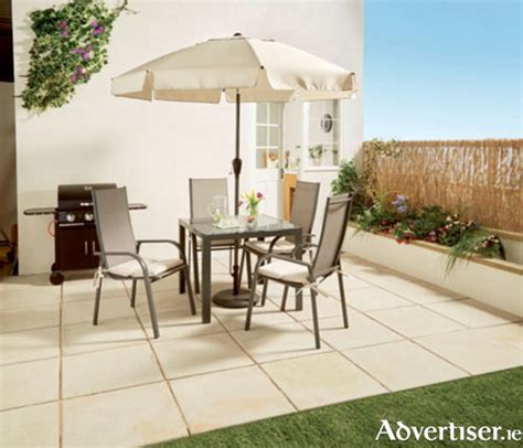 advertiserie  ready  relax outdoors  aldi