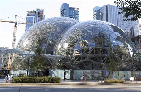 amazon headquarters amazon s search for a second headquarters could weigh on