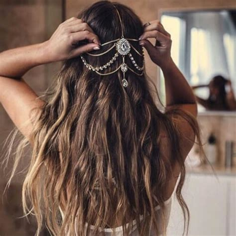 haircuts for woman over 40 with earthy boho style women over 50 bohemian hairstyles 50 delicate bridesmaid