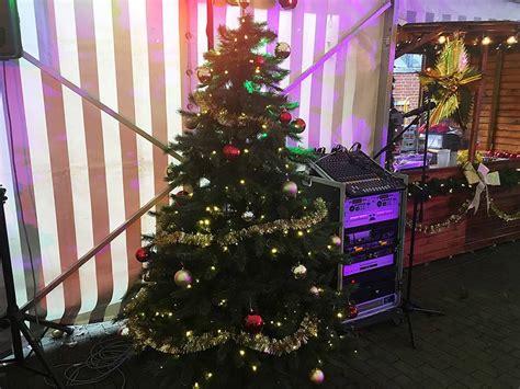 weinachsbaume berlin weihnachtsbaum mieten mit licht und kugeln verleih