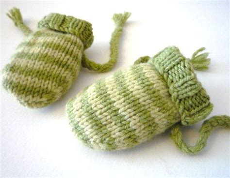 knitting pattern mittens easy free knitting pattern for easy baby mittens
